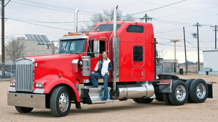 woman trucking business