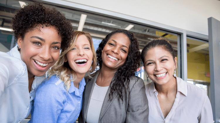 businesswomen diverse
